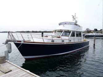 Eastbay 47 Flybridge